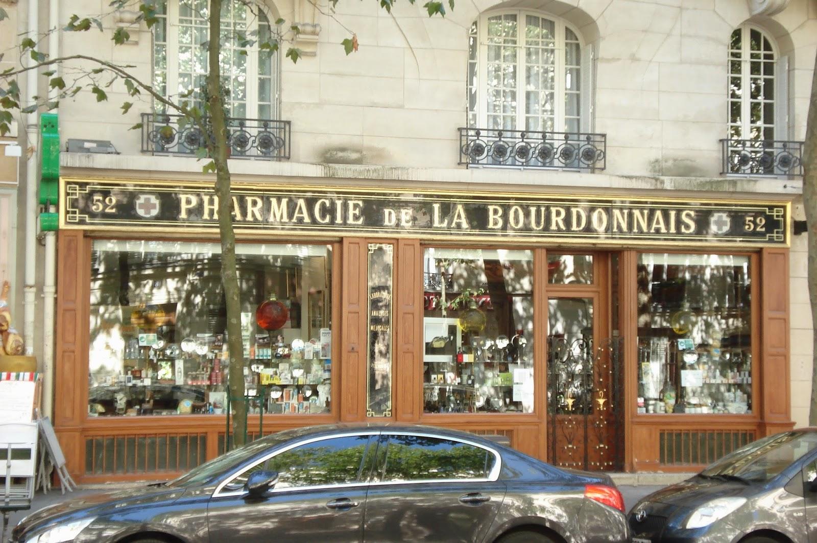 Paris on th me commerces d 39 hier et d 39 aujourd 39 hui for Pharmacie de la claire