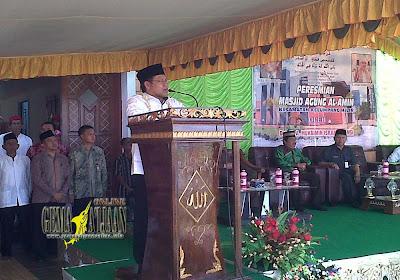 Menteri Nakertrans RI Resmikan Mesjid Serongga