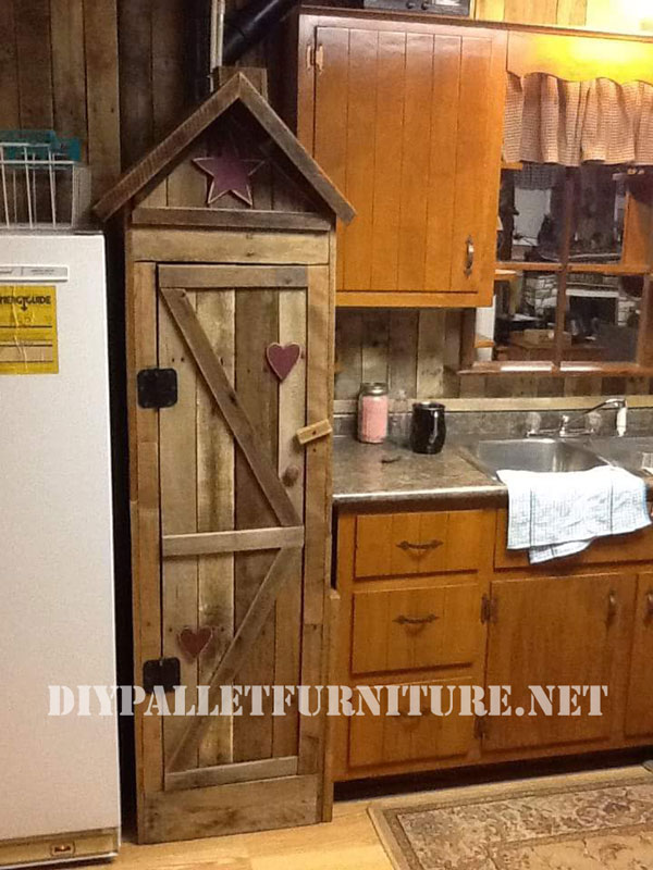 Mueblesdepaletsnet Armario despensa para la cocina realizado con