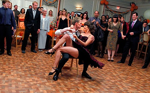 http://learnclubdance.com/blog/how-i-met-your-mothers-best-dance-moments/