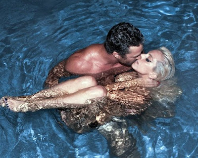 Lady-Gaga-Poses-N*de-with-Boyfriend-Taylor-Kinney