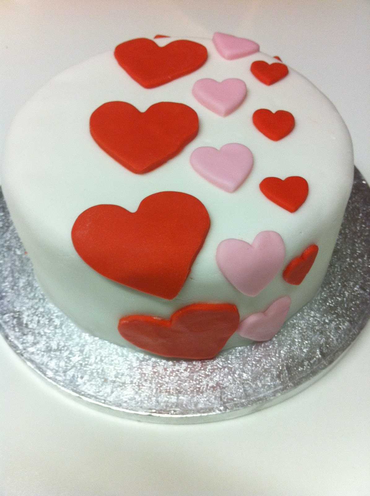 Valentine S Day Cake Images : Totally Baked Cakes: HAPPY VALENTINES DAY!