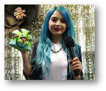 MTV-Latinoamérica-otorgó-premio-MTV-CHIUKU-bloguera-Colombiana-Laura-Sánchez