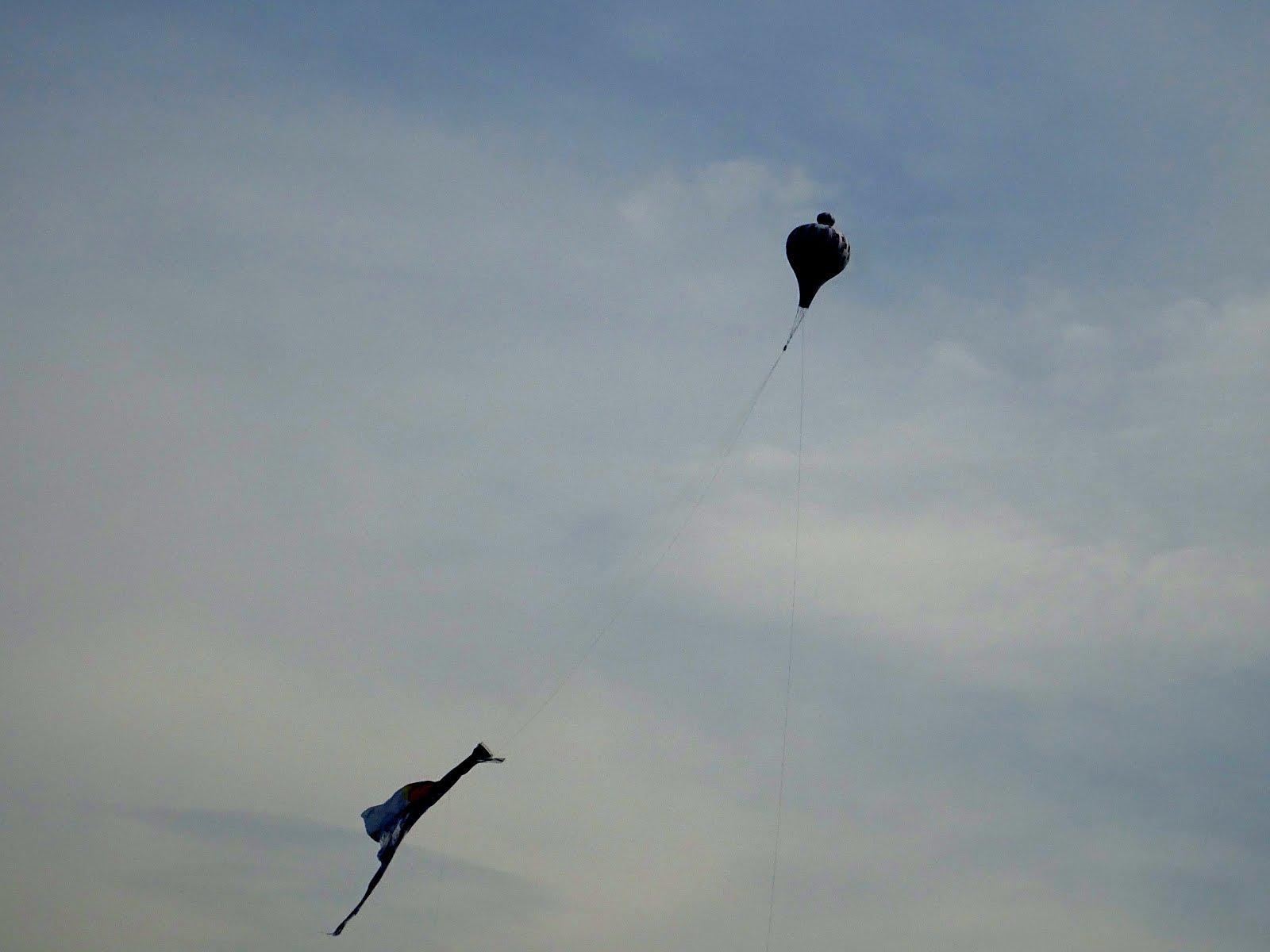 Balão cai em Copacabana