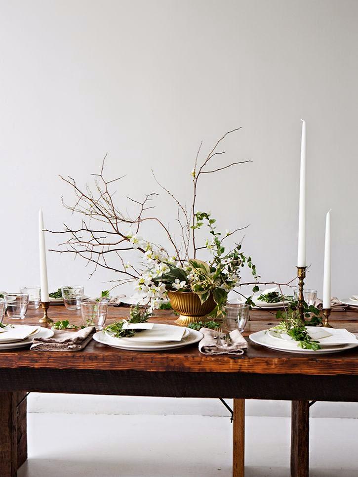 Decoración de mesa rústica con plantas