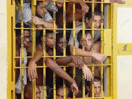 Cresce população carcerária