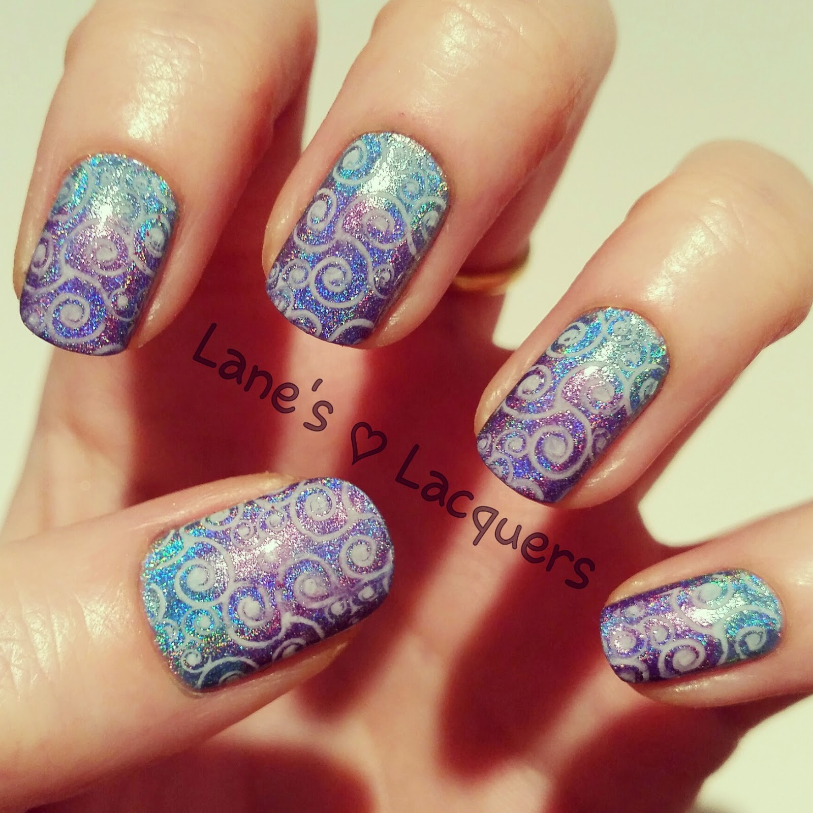 color-club-halo-hues-holo-wave-pattern-nail-art