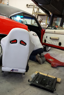 1969_Charger_swivel_plate_installation
