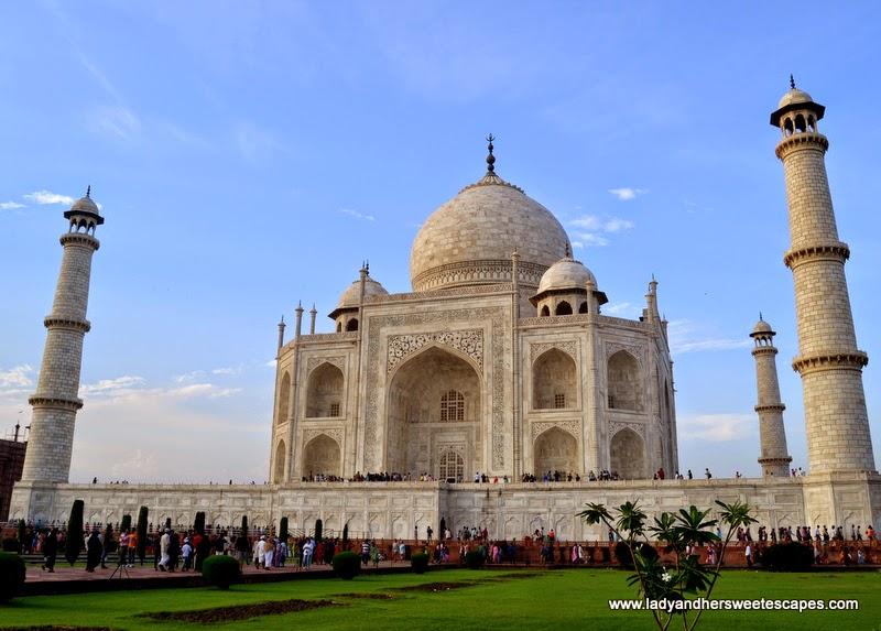 Taj Mahal wonder of the world