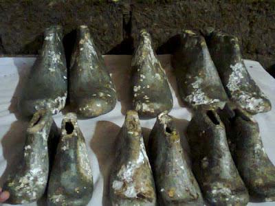 Penemuan Sepatu Misterius di Bogor