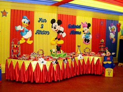 Fiestas infantiles decoraci n mickey mouse for Decoracion la casa de mickey mouse