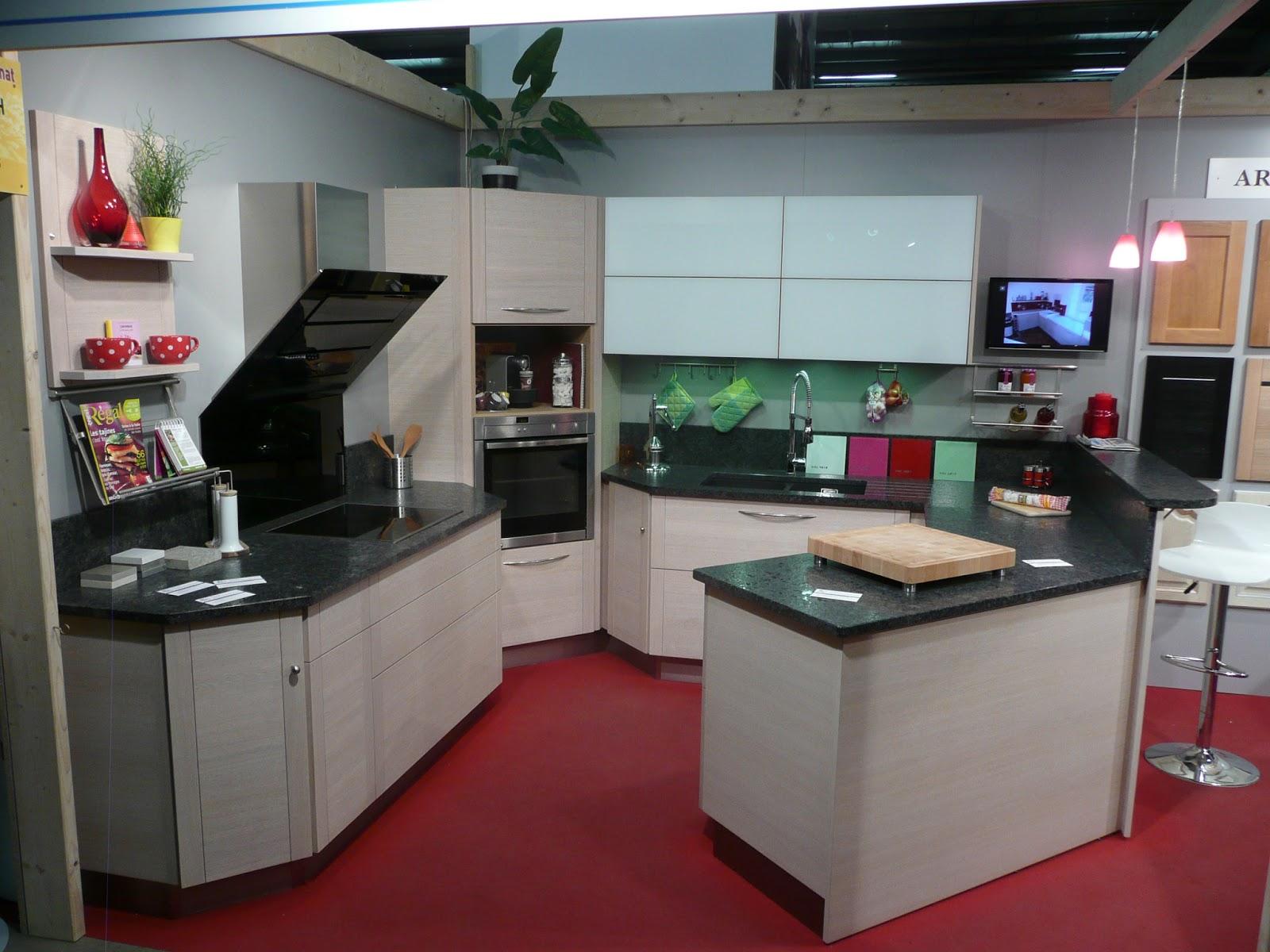 cuisine moderne rangement. Black Bedroom Furniture Sets. Home Design Ideas