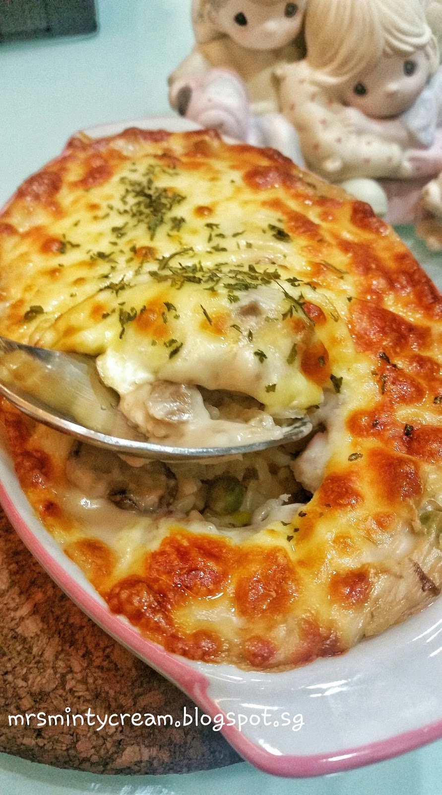 Mrs Minty Cream: #37 - Cheesy Chicken Baked Rice