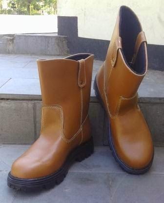 Sepatu Safety Slobokan Kulit Asli