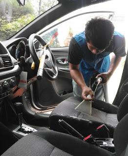 Melayani Cuci Jok Mobil