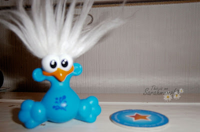 Shoulder Buddies Splash blue buddy white hair