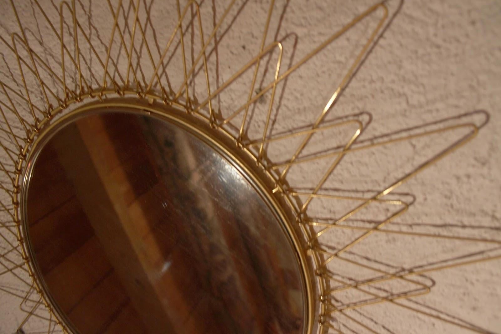 Chicbaazar objets vintage 50 60 70 superbe miroir soleil for Miroir 50 60