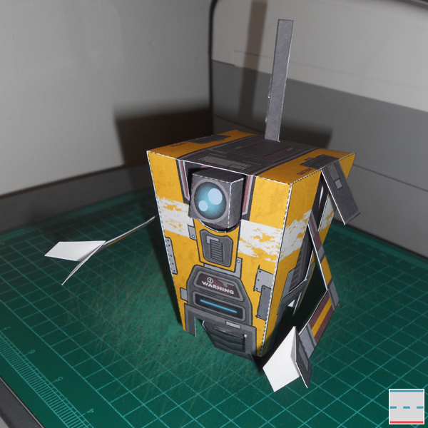 Borderlands 2 Claptrap Paper Toy