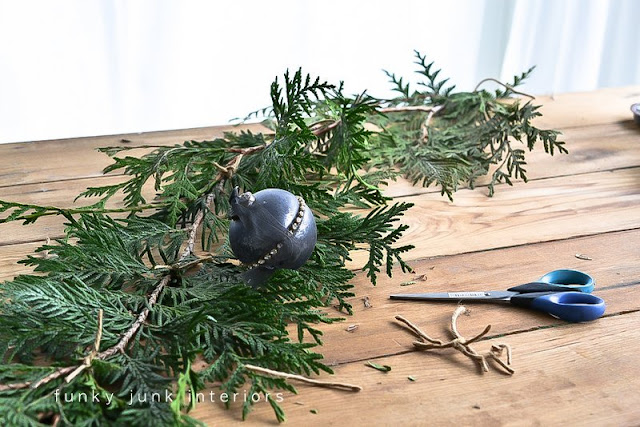 Making evergreen garland