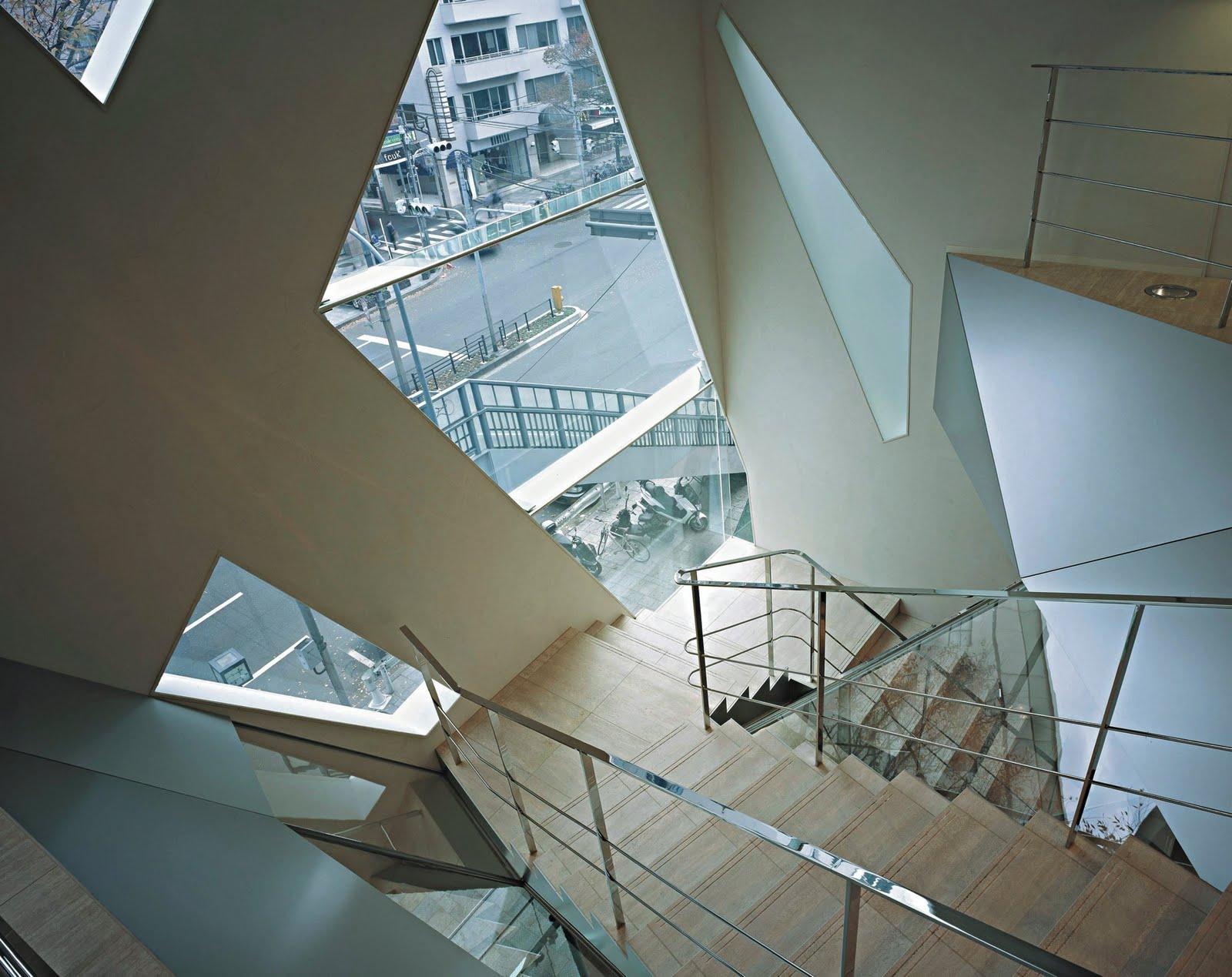 Tod\'s Omotesando Building / By Toyo Ito + Associates ~ HouseVariety
