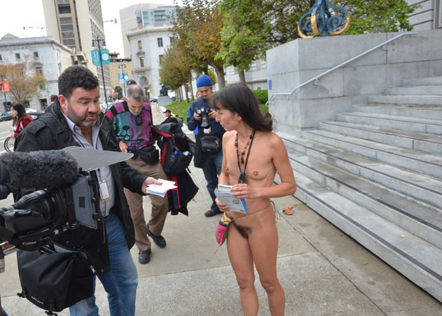 Naked in auckland cbd 3 10
