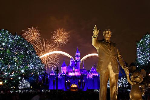 Fuegos en Disneyland