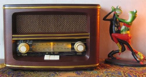 Hannele radios (paina kuvaa):