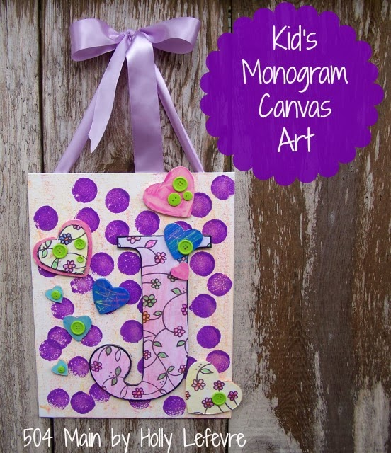Kid's Monogram Canvas Art featuring Crayola #shop #cbias #ColorfulCreations #Walmart