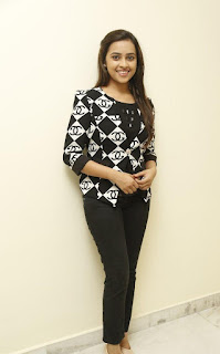 sri divya new photos gallery