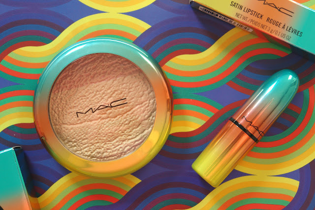 My MAC Wash & Dry collection buys, beauty, highlighter, lipstick, MAC, make up, red, review, Steam Heat lipstick, High-Light Powder