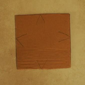 Linie nacięcia kartonu
