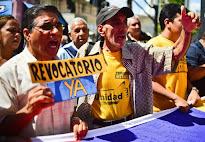 Venezuela inicia la purga a los funcionarios que apoyan el revocatorio