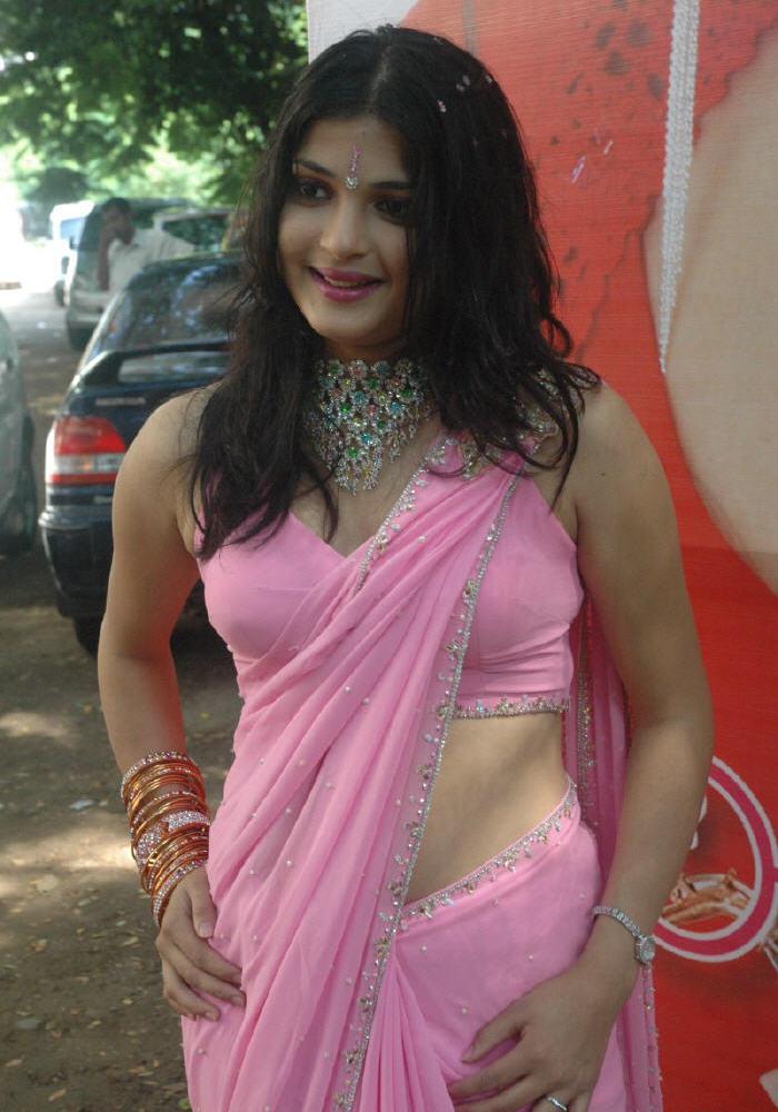 Desi Girls In Saree - MASALA GALLERY Flora Saini