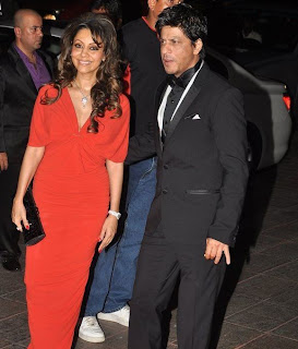Gauri and Shahrukh Khan Recent Pics Together