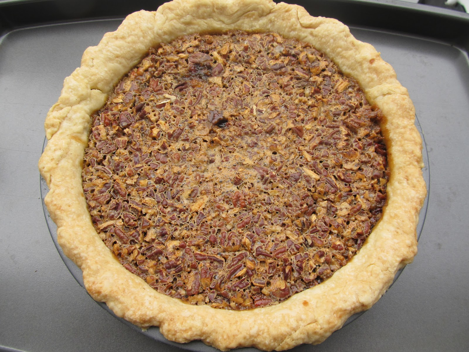 My Green Apron: Old Fashioned Pecan Pie with Bourbon ...