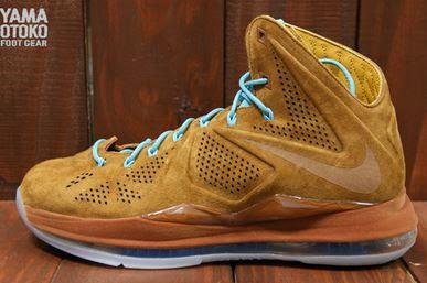 9f93ccfdcf37 Here is new images via of the Nike LeBron X EXT QS -  Hazelnut   Hazelnut -  Tide Pool Blue