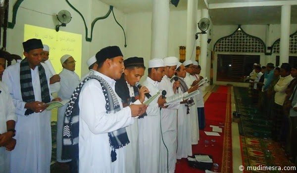 Majelis Zikra Al-Hasani di Mesjid Raya Darul Falah Kota Langsa.