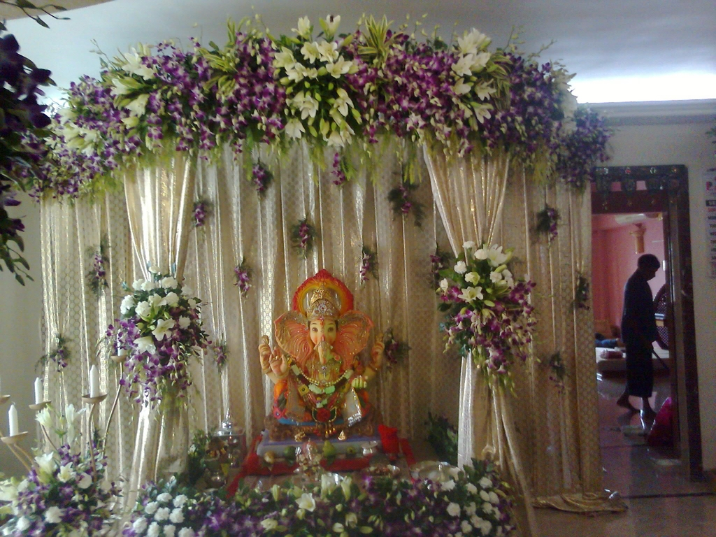 Ganpati decoration photos god wallpapers for Floral decorations for home