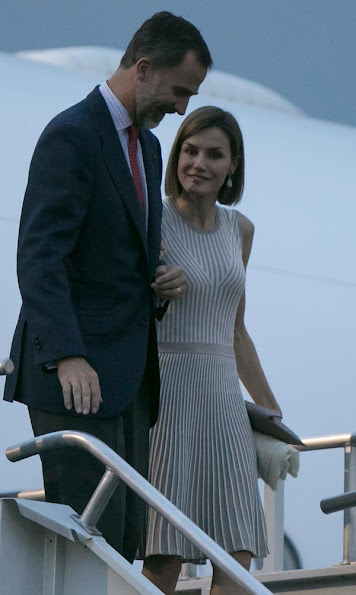 King Felipe VI of Spain and Queen Letizia of Spain arrive in Mexico City