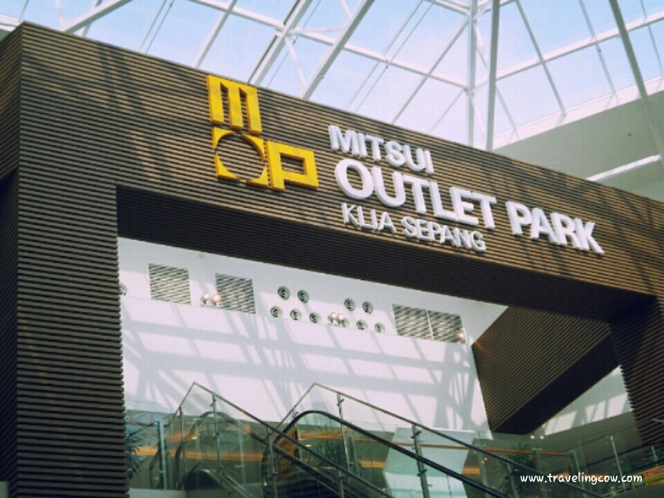 coach premium outlet online qmlu  Visiting Mitsui Outlet Park KLIA, Sepang