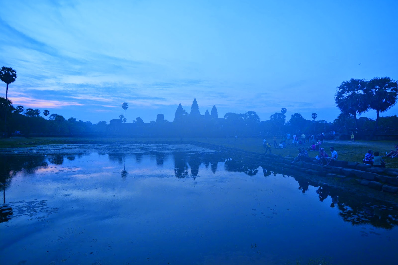 angkor wat cambodia sunrise top tips travel holiday vacation