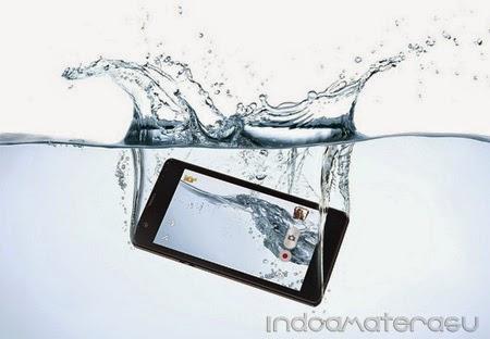 Ponsel Yang Terendam Air