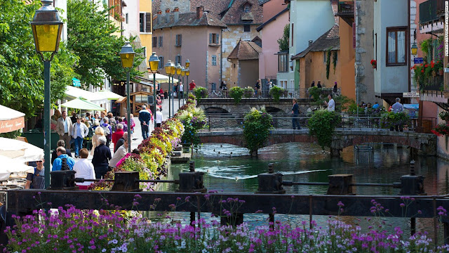 Annecy-Most-beautiful-destinations-in-France
