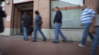 España gastó más en subsidios empresariales y a la banca que en educación