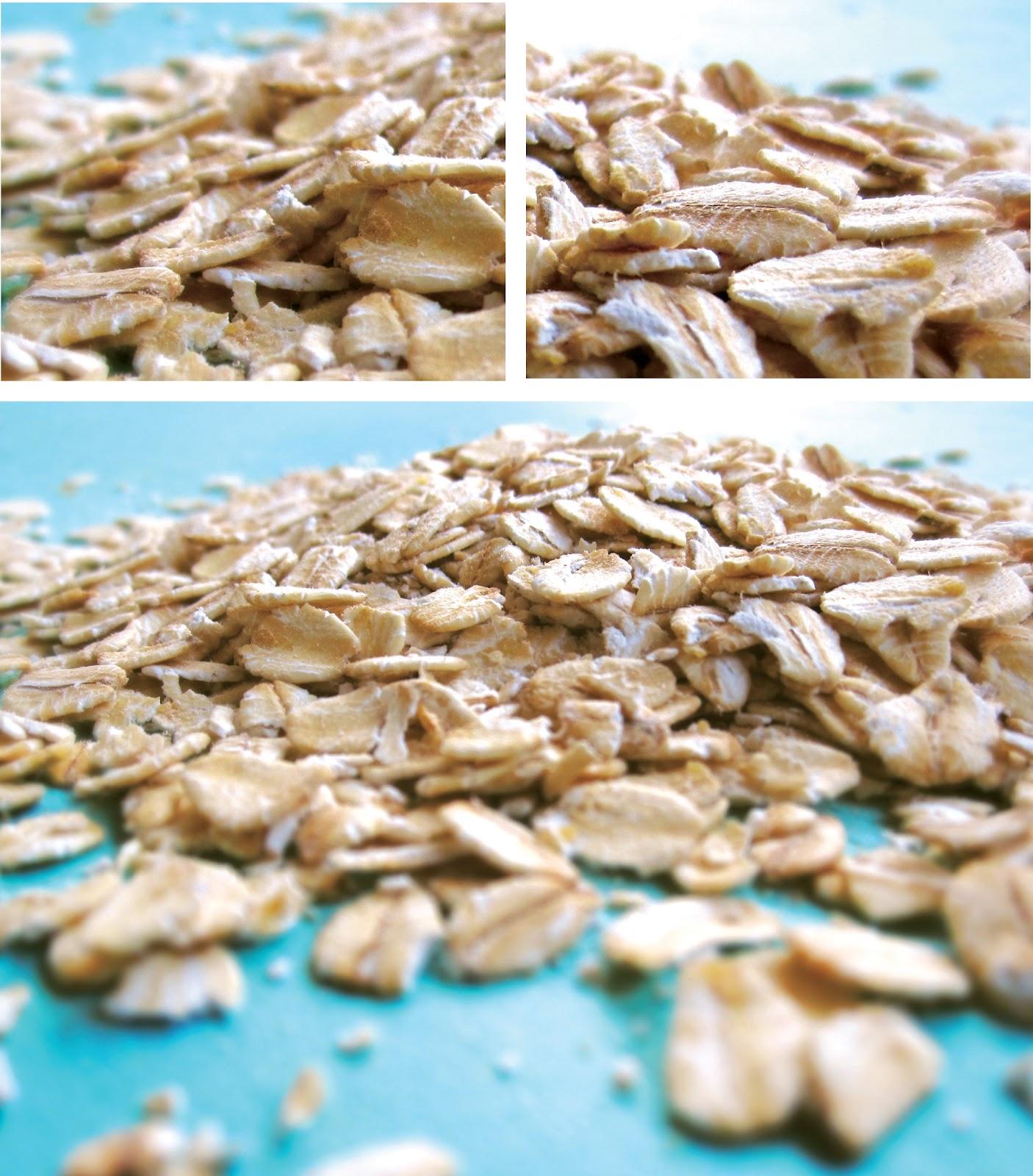 The Green Ritual Raw Oatmeal Porridge With Peaches