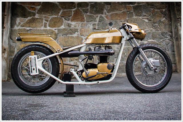 Moto Triumph Hellas Triumph Tiger 72 Tesla By Saint