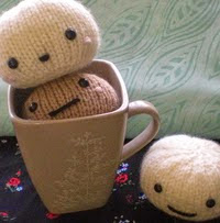 http://www.ravelry.com/patterns/library/cute-bread-amigurumi