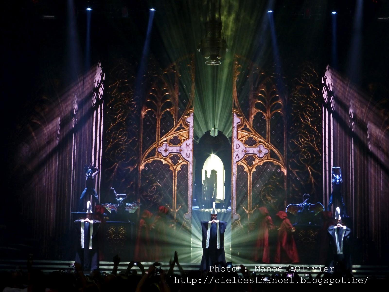 http://4.bp.blogspot.com/-cuqtcBwv5ME/UCZTQ0RCtpI/AAAAAAAAEjs/KpXHL6Jn9gE/s1600/013+-+Madonna+-+The+MDNA+Tour+2012+-+Lanxess+Arena+(Cologne)+-++10.07.2012+-+Intro.JPG