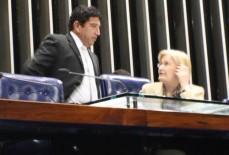 Magno Malta fará sessão solene para homenagear Xuxa