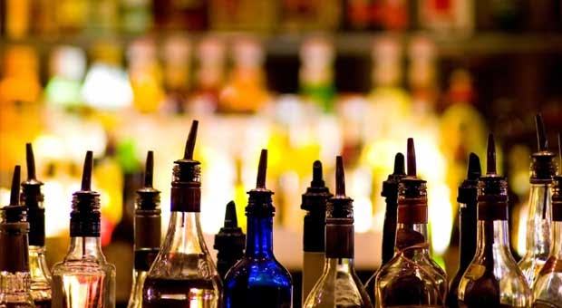5 Kisah Alkohol yang Menyelamatkan Manusia
